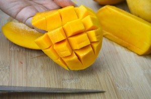 11. Mango Cutting 4(resized)