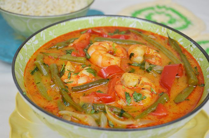 red curry, thai curry, red curry with shrimp, bell pepper, onion, red ...