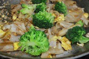 Add-Brocoli-to-FInal-Dish