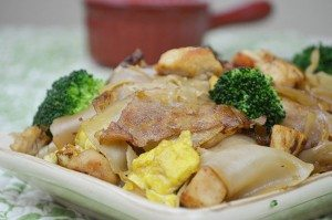 Pad-See-Ew-Chicken-2-Pic-670X444