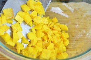 Add-Mango-to-Bowl