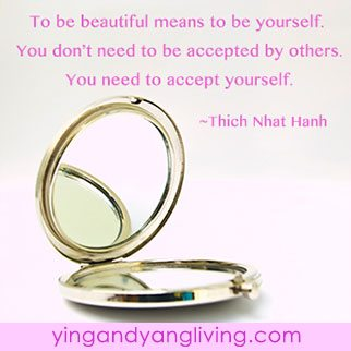 Zen Message Beautiful & Mirror Thich Nhat Hanh