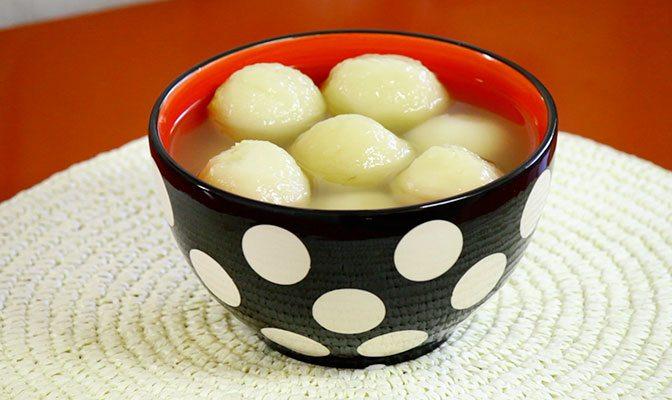 DumplingSoupCloseUp670X400