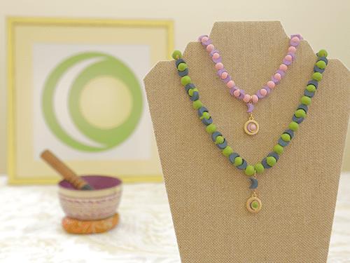 necklacelogo500pinkpurplegreenbluelogo