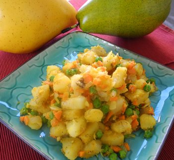 Potato with Indian Curry and Peas